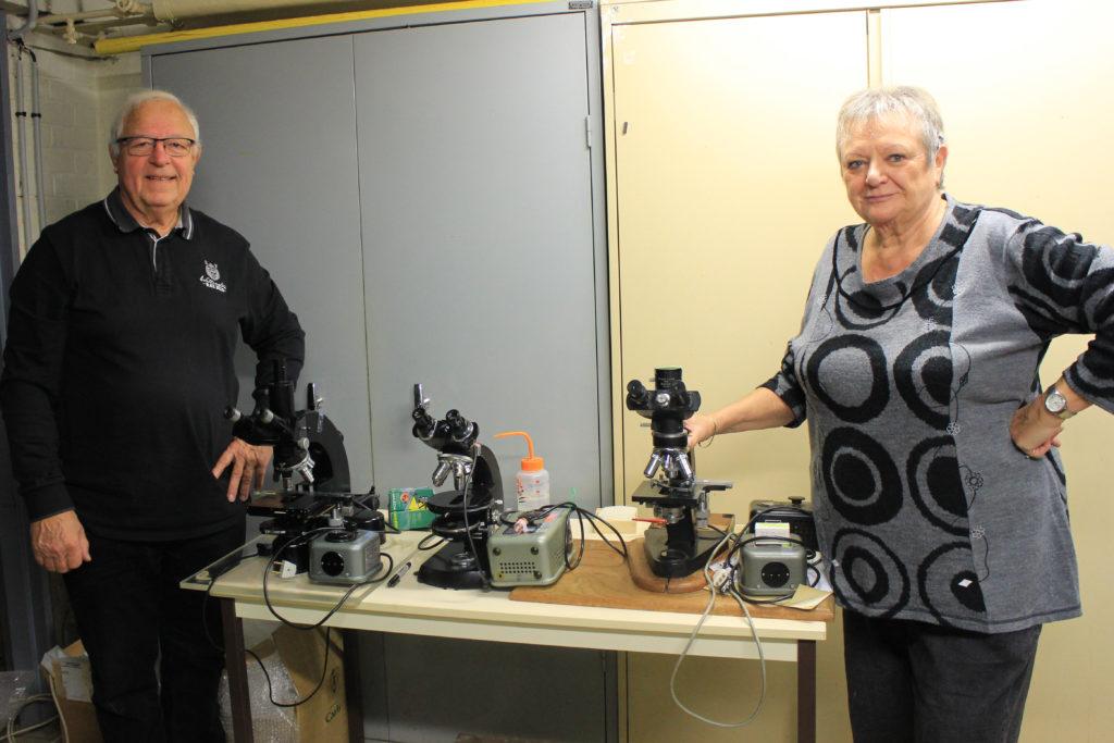 Don de trois microscopes pour Madagascar